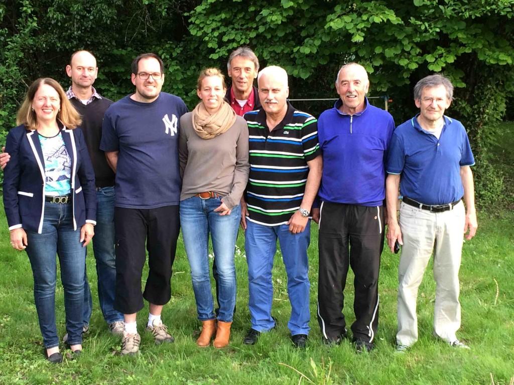 Von links: Waltraud Jaeger, Carsten Sandau, Damien Lacroix, Claudia Beier-Bremerich, Walter Rüd, Klaus-Peter Jaeger, Dietmar Falk und Martin Kopf